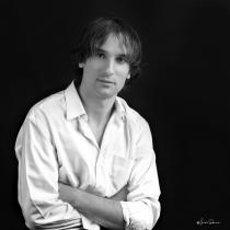 Adrián Inchausti